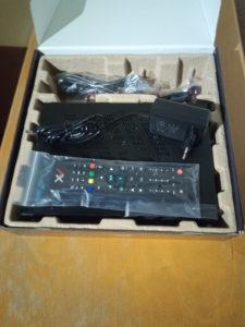 AX 4K-Box HD61 Verpackung geöffnet